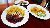 Kurací steak alebo hermelín s prílohou a dezertom pre dvoch