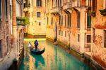 Darujte na Valentína karneval v romantických Benátkach!