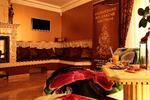 Celotelová ajurvédska masáž Abhyanga masérkou zo Srí Lanky