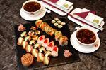 Sushi menu s ostrokyslou polievkou v Asian Restaurant v Auparku