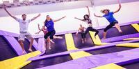 Hodina bláznenia na trampolínach v JumpParku Brno