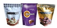 Bio datle v 3 druhoch čokolády plnené mandľou